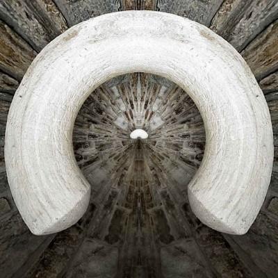 Marble Horn